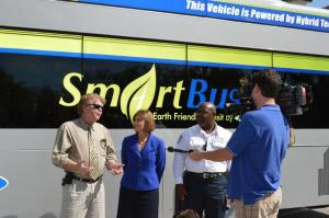 Congresswoman Kathy Castor and PSTA Chair Jeff Danner - SmartBus